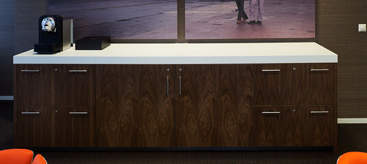 Projects projects en intos - Furniture wereld counter ...